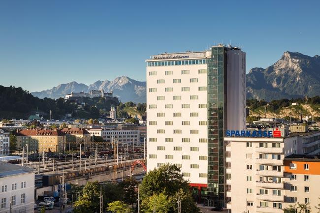 Austria Trend Hotel Europa in Salzburg von Außen