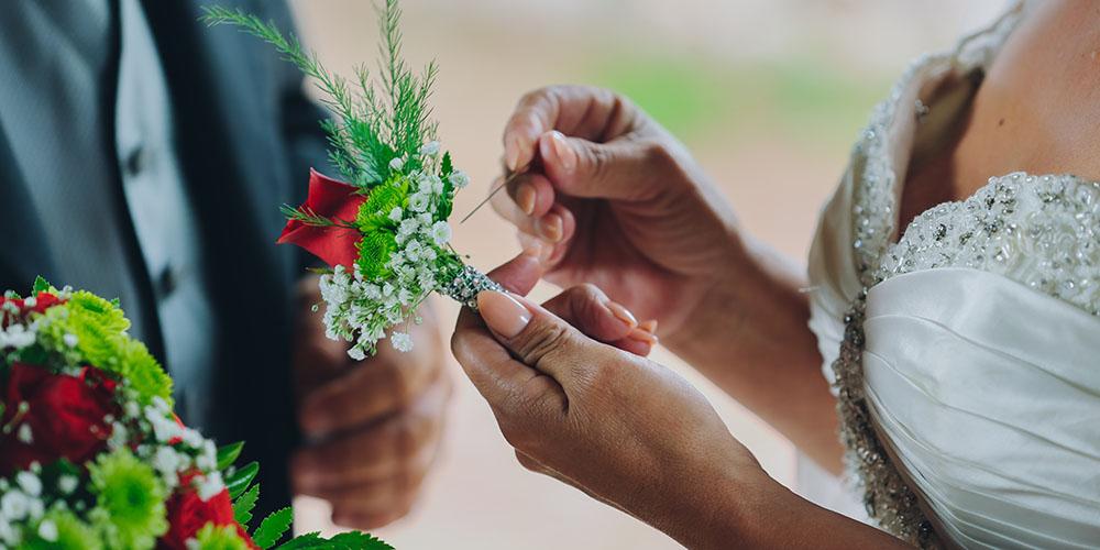 Ansteckblume des Bräutigams