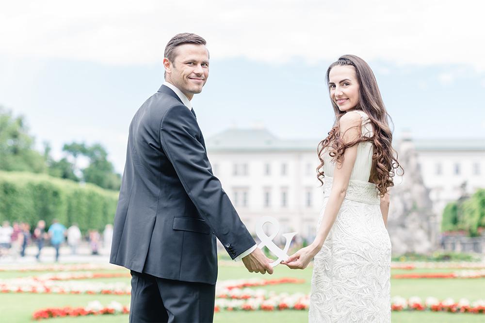 Bräutigam & Braut im Mirabellgarten