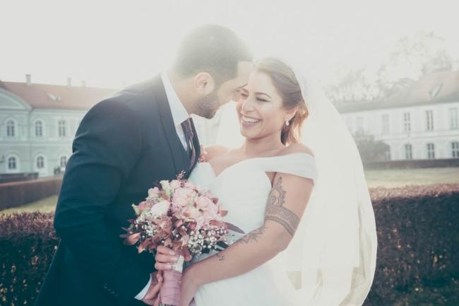 Hochzeiten und Lebenshöhepunkte die zu unvergesslichen, lebendigen und herzerwärmenden Erinnerungen werden. Fotografie in München, Salzburg und wo immer © Claudia Ziegler