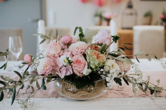 Hochzeitsgesteck für den Brauttisch