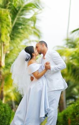 Hochzeitsfoto mit kräftigen Farben