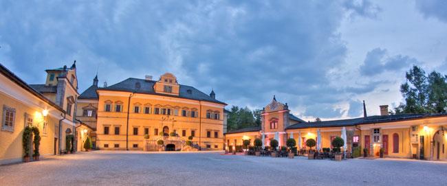 Schloss Hellbrunn am Abend