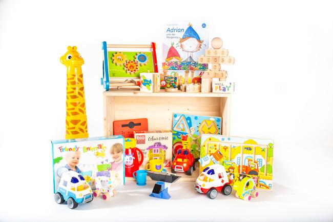 Wait & Play Spielzeugkiste für die Hochzeit mieten