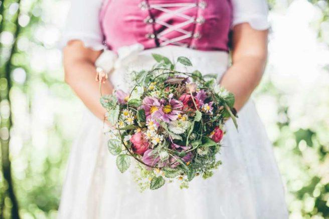 Ein typischer Wildwuchs Brautstrauss